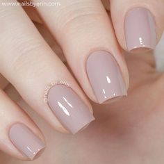 In look for some nail designs and ideas for your nails? Listed here is our set of must-try coffin acrylic nails for cool women. Gel Nails At Home, Gel Nail Art, Acrylic Nails, Neutral Nails, Nude Nails, Nail Polish Bottles, Nail Polishes, Gel Polish, Nail Manicure
