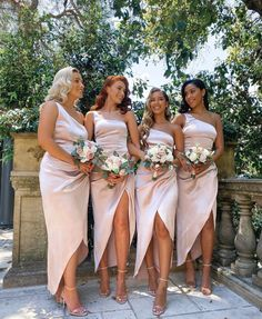 Bridesmaid Dress Colors, Wedding Bridesmaid Dresses, Dream Wedding Dresses, Wedding Attire, Wedding Colors, Wedding Styles, Bridesmaids And Groomsmen, Wedding Goals, Perfect Wedding
