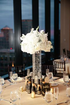 Boston Wedding. Tablscape. Wedding Design. Floral Centerpiece. Black and Gold Accents. Urban Venue. Cotton Candy Sky // Carly Michelle Photography | http://carlymichellephotography.com/ | State Room, a LONGWOOD venue |  http://www.longwoodevents.com/Default.aspx