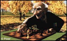 ¿ #SabiasQueEl ajedrez no es un juego de azar, sino un juego racional, ya que cada jugador decidirá el movimiento de sus piezas en cada turno. El desarrollo del juego es tan complejo que ni siquiera los mejores jugadores o los más potentes ordenadores pueden considerar todas las posibles combinaciones?