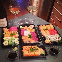 Sushi & Vouvray, la belle idée par @emilievgh ! #chenin #sushiaddict