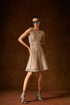 Hervé Léger by Max Azria Pre-Fall 2015 Fashion Show