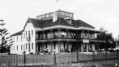 Scarborough Hotel at 190 Russell Ave,Dolls Point.Built in 1891.The building was used as a hospital for the war wounded from 1913 until 1936.It sold in 1936 to St George Hospital and was re-named Primrose House.