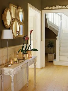 My inner landscape Sideboard Cabinet, Interior Decorating, Interior Design, House Entrance, Classic House, Stairways, Console Table, Decoration, Entryway Tables