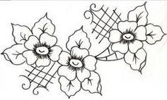 risco pintura em tecido flores e arabescos
