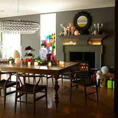 Dining room | Step inside a festive Victorian home in Kent ~ Livingetc | Housetohome.co.uk