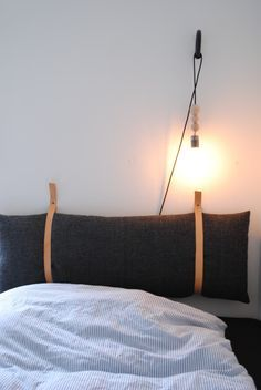 Trying To Find DIY Headboard Ideas? There are numerous economical ways to create a distinct distinctive headboard. We share a couple of brilliant DIY headboard ideas, to inspire you to design your room trendy or rustic, whichever you prefer. Home Bedroom, Bedroom Decor, Bedroom Sets, Modern Bedroom, Bedding Sets, Bedrooms, Diy Interior, Interior Design, Design Design