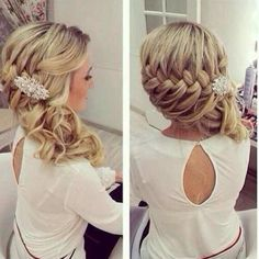 #Weddinghair: A beautiful #braid for a #wedding.