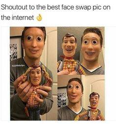 Woody looks like Robbie rotten