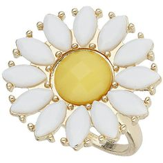 Dorothy Perkins Daisy Statement Ring (33 HRK) ❤ liked on Polyvore featuring jewelry, rings, accessories, yellow, gold, yellow flower ring, cocktail rings, flower jewellery, yellow ring and gold statement ring
