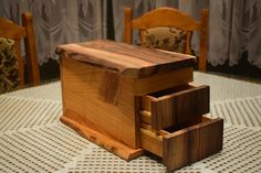 Making Wooden Make up Box Makeup Box, Scroll Saw, Hope Chest, Boxes, Woodworking, Etsy Shop, Decoration, Storage, Videos
