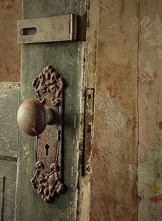 Beau Antique Door Knob And Plate  Xoxo