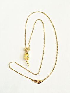 Adorable articulated kitty cat pendant necklace  gold toned