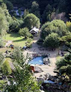 Birthdays are for relaxation, so when choosing a spot for my the hot springs of Pucón, Chile had my Chile, Travel Information, Hot Springs, Cool Places To Visit, Places Ive Been, The Good Place, Things To Do, To Go, River