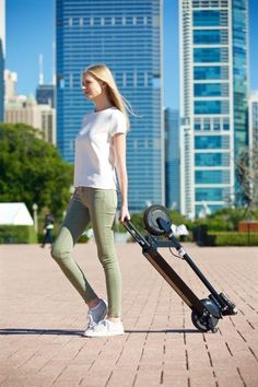 Glion Dolly Electric Scooter