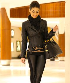 Alllll Black wit pop uf tan!!! Wuna do dis outfit!!!!!! Xoxo