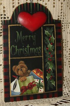 This darling tin ornament will be in Decorative Painting Magazine (Issue 3 2013) and I will be teaching it at the Raindrop Chapter's convention in Portland! I love to teach lettering, so this will be a huge part of the class!