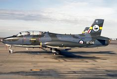 Aermacchi MB-326H, Royal Australian Air Force (RAAF). Military Jets, Military Weapons, Military Aircraft, Royal Australian Navy, Royal Australian Air Force, Navy Aircraft, Aircraft Pictures, Fighter Aircraft, Fighter Jets