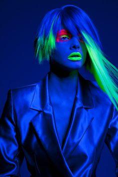 glow in the dark neon