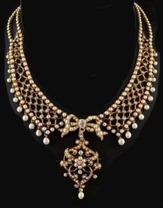 An antique gold, diamond and pearl necklace, France, circa 1880. The pendant can be detached and be worn as a brooch #antique #necklace