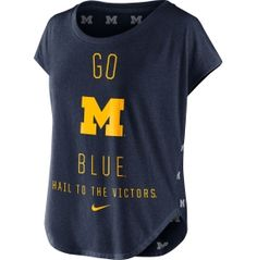 Pair the Nike® Women's Michigan Wolverines Gameday Signal Tri-Blend T-Shirt with your favorite leggings for a stylish, comfortable look at the big game.