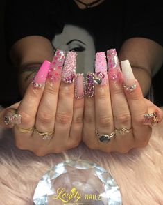I have sooo many other pins you'd love ✨ Come check them out: marsryanx +++ acrylic cute coffin stiletto almond gel design bling matte holo chrome nails art day nails coffin bling 𝓝𝓪𝓲𝓵𝓼𝓑𝔂𝓐__💅🏼✨ ( Chrome Nail Art, Glam Nails, Pink Bling Nails, Stiletto Nails, Fire Nails, Unicorn Nails, Long Acrylic Nails, Luxury Nails, Stylish Nails