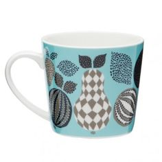 Our mugs, bowls and plates are made of fine porcelain. The mugs are light yet very durable. Porcelain Mugs, Fine Porcelain, Camilla, Summer House Interiors, Blue Fruits, Deco Table, Beautiful Patterns, Modern Patterns, Mug Designs