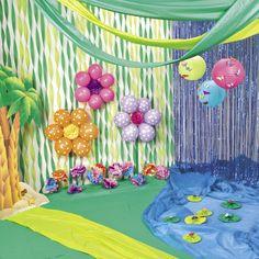 Eric carle stage set up kindergarten pinterest stage for Spring dance decorations