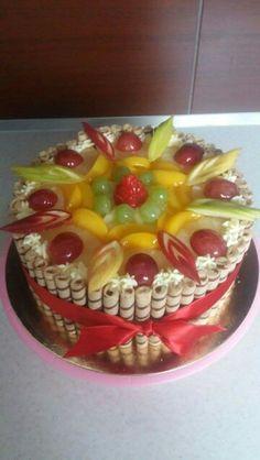 Ovocny dort (fruit cake) Tart, Birthday Cake, Food And Drink, Simple, Food Cakes, Cake, Birthday Cakes, Pie, Tarts