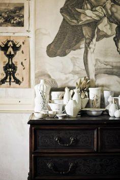 Collection of #white / cepia toned artwork La Maison Gray - Interiors