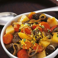 Hirschragout mit Möhren und Kartoffeln