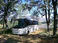 Minibus un dia de excursion en el campo