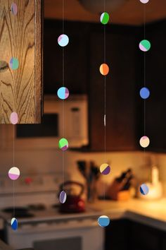 DIY: paint chip mobile