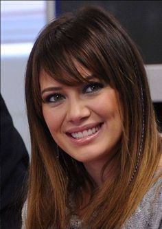 Hilary Duff ombre hair and feather hair extensions Hilary Duff Bangs, Straight Hairstyles, Cool Hairstyles, Head Band, Dark Hair With Highlights, Straight Bangs, Haircuts With Bangs, Feathered Hairstyles, Hair Journey