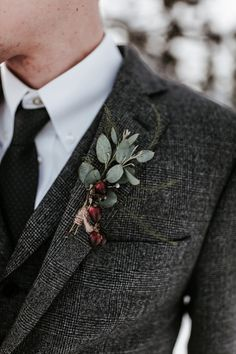winter time boutonniere
