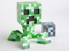 Minecraft Limited Edition Pixelated Creeper Vinyl. Waaaaant, but I could probably just make my own LOL! Art students FTW