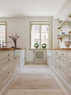 Timeless white kitchen with warm wood countertops - a look we re-create for our . - Timeless white kitchen with warm wood countertops – a look we re-create for our clients all the t - Home Decor Kitchen, Kitchen Interior, New Kitchen, Home Kitchens, Kitchen White, Kitchen Wood, Kitchen Country, Kitchen Ideas, Studio Kitchen
