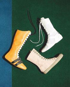 Running climbing boxing: choose sporty shoes to be in style./ Будьте на высоте: в этом сезоне выбирайте обувь и аксессуары в спортивном стиле. Больше идей в февральском Vogue.  via VOGUE RUSSIA MAGAZINE OFFICIAL INSTAGRAM - Fashion Campaigns  Haute Couture  Advertising  Editorial Photography  Magazine Cover Designs  Supermodels  Runway Models