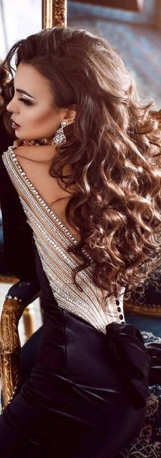 Her hair is GORGEOUS!!! #LoveIt