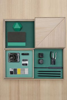 Displays Tray Natural / green by Nomess