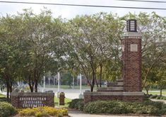 No present threat after shots fired at Southeastern Louisiana University 2 people injured: police