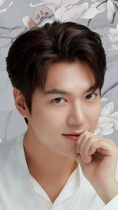 Korean Male Actors, Handsome Korean Actors, Korean Celebrities, Asian Actors, Jung So Min, Hyun Bin, Foto Lee Min Ho, Lee Min Ho Wallpaper Iphone, F4 Boys Over Flowers