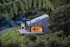 Family Retreat House Inspired by New Zealand's Backcountry Huts 2