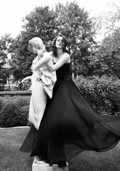 Michelle Dockery Interview - Michelle Dockery Quotes on Downton Abbey and Fashion - Harper's BAZAAR