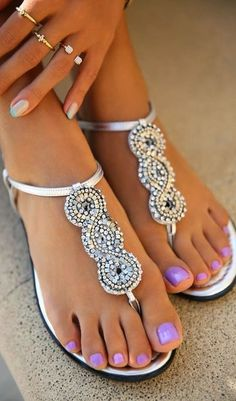Pedicure Nail Art, Nail Nail, Pedicure Colors, Pink Nail, Silver Sandals, Sparkly Sandals, Pretty Sandals, Beautiful Sandals, Pretty Toes