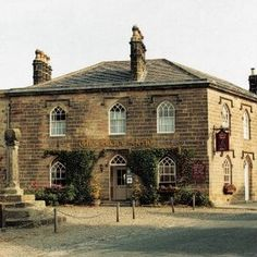 Historic Hotels of Europe. Castles, Manors and Country Houses in Europe for short breaks, cultural routes, wedding celebrations, romantic weekends and more. British Architecture, Historical Architecture, Architecture Details, Regency Era, Yorkshire England, Old Houses, 18th Century, Britain, Beautiful Places