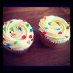 We love these cupcakes from @Teainthecity hope they raise lots of money #CiN