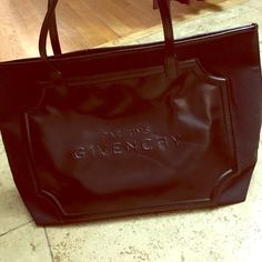 dbed8dd4fb4b Givenchy perfume tote Got as a gift from perfume purchase Bags Totes  Givenchy