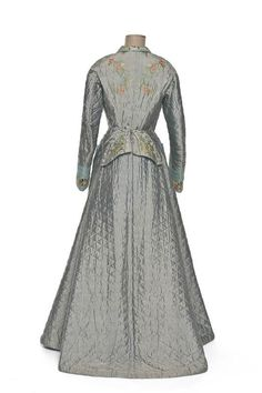 Old Rags - Women's housecoat, ca 1890 Japan, Les Arts...