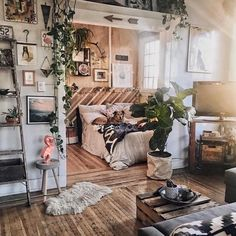 Home Interior Design — When you just want to live in a place you don't. Home Interior Design — When you just want to live in a place you don't. Room Design, Home, Living Room Decor, House Rooms, Room Inspiration, House Interior, Apartment Decor, Room Decor, Interior Design